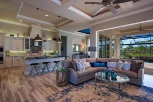 14183-Charthouse-Court-Naples-large-002-29-GreatRoom-1499x1000-72dpi